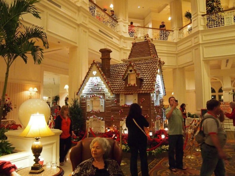 Grand Floridian Gingerbread House 02
